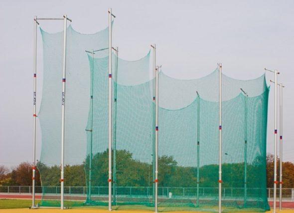 Os lanzadores galegos na procura de máis centímetros