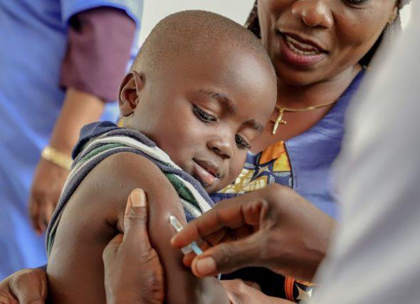 Metros por vacinas na campaña de UNICEF de #PequeñasSoluciones