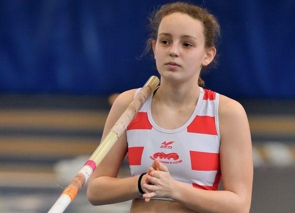 Xela e Lisa suben ao podio no nacional Sub16
